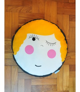 Hello Dolly! Round Cushion (Maya)